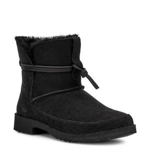 Ugg Esther Genuine Shearling Bootie 10 1103809